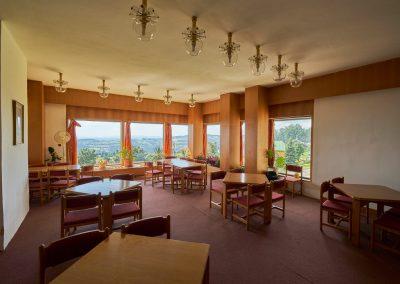 Ubytování na Benecku v Krkonoších - Horský hotel Kubát - restaurace výhled